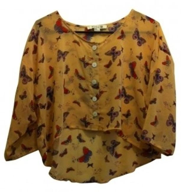 Preload https://item4.tradesy.com/images/forever-21-multicolor-button-down-top-size-8-m-4673-0-0.jpg?width=400&height=650