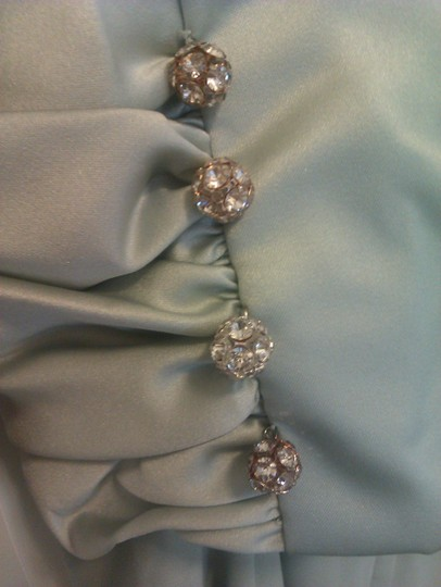 Alfred Angelo Light Green Polyester Style 6645 Formal Bridesmaid/Mob Dress Size 16 (XL, Plus 0x)