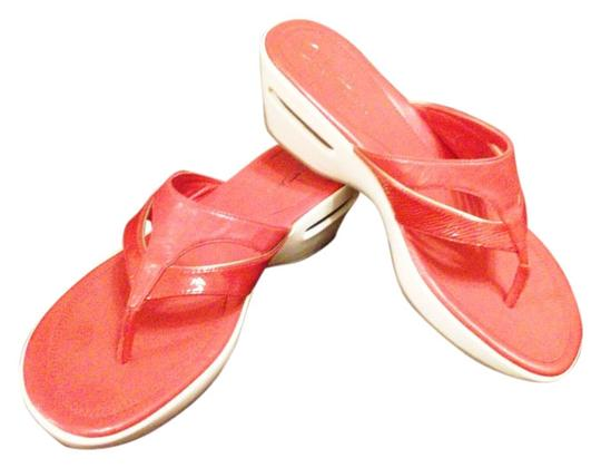 Preload https://item3.tradesy.com/images/cole-haan-redwhite-air-ariana-thong-sandals-size-us-7-regular-m-b-4675132-0-0.jpg?width=440&height=440