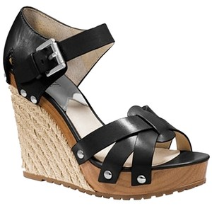 Michael Kors Like New Leather Platform Black Sandals