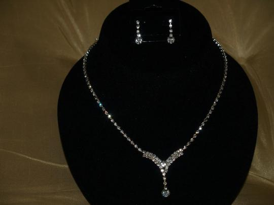 Rrhinestones Necklace & Earrings Set 2rb