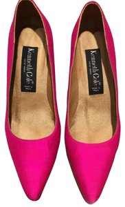 Kenneth Cole Fuschia Pumps