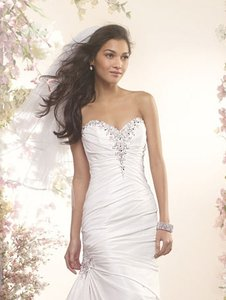 Alfred Angelo 2404 Wedding Dress