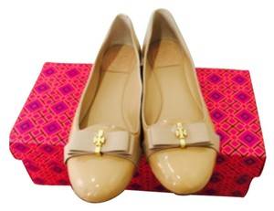 Tory Burch Trudy Gold Tan Flats