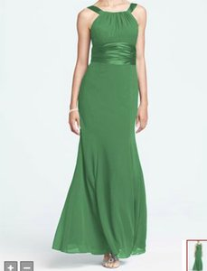 David's Bridal Green Chiffon Style F12732 - Clover and Charmeuse Traditional Bridesmaid/Mob Dress Size 4 (S)