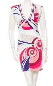 Emilio Pucci Dresses Knockoffs Emilio Pucci Pink V neck Dress