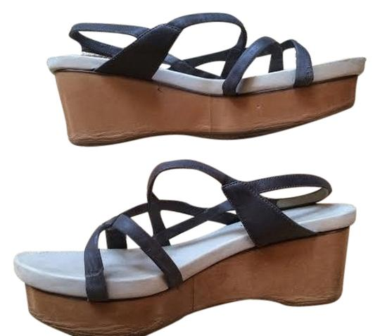 Preload https://item1.tradesy.com/images/cosutme-national-leather-grey-wedges-4696840-0-0.jpg?width=440&height=440