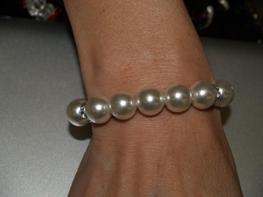 Pearls Bracelet Light Ivory B10