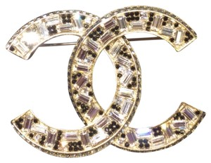 Chanel Chanel swarovski crystal gold tone pin brooch