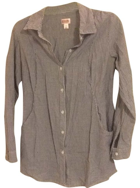 Preload https://item1.tradesy.com/images/mossimo-supply-co-greyblue-and-white-tunic-size-12-l-4702945-0-0.jpg?width=400&height=650
