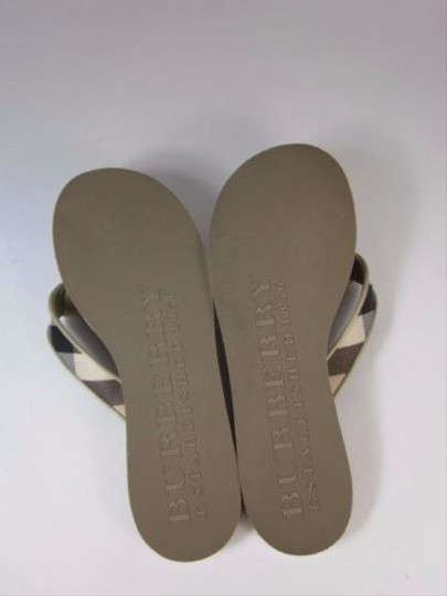Burberry Khaki Haymarket Check W Leather Trim Sz 6m Khaki Beige Sandals