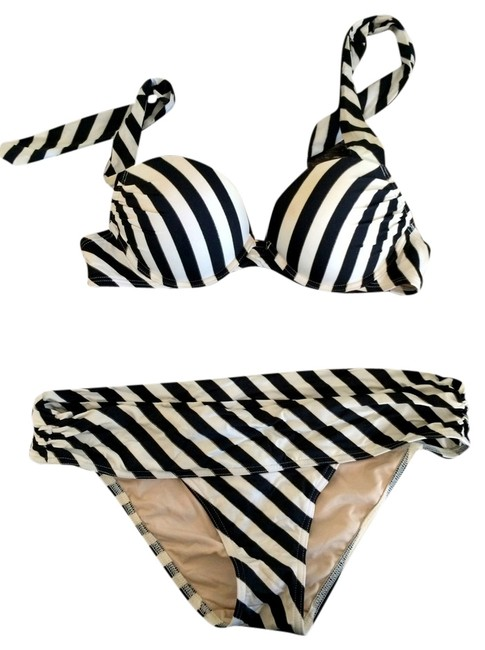 Preload https://item2.tradesy.com/images/victoria-s-secret-victoria-s-secret-bombshell-black-and-white-with-gold-trim-bikini-top-and-bottom-4707151-0-0.jpg?width=400&height=650