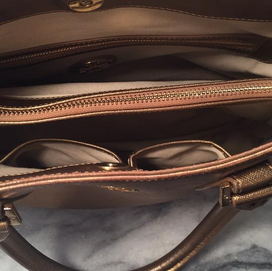 Tory Burch Satchel in Gold