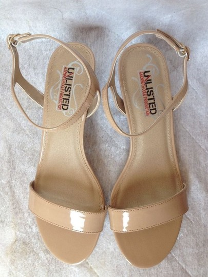 Kenneth Cole Pumps