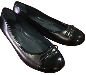 Gunmetal leather and black pattent leather Flats