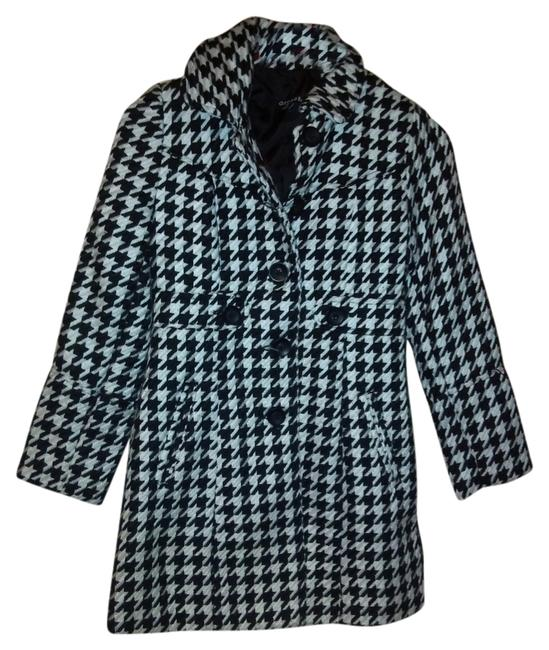 Preload https://item3.tradesy.com/images/george-black-and-white-classic-pea-coat-size-8-m-4710052-0-0.jpg?width=400&height=650