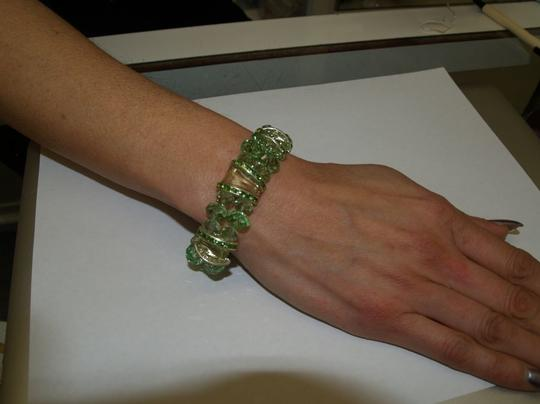 Light Green Faceted Glass Beads Bracelet B28
