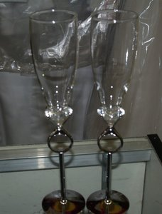 Pair Of Ring Glasses Silver Base G02