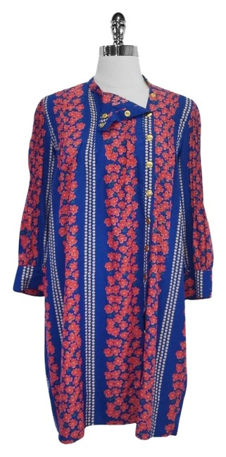 Preload https://img-static.tradesy.com/item/4715002/blue-and-pink-floral-print-shift-knee-length-short-casual-dress-size-6-s-0-0-650-650.jpg