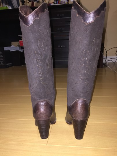 Zodiac Cowboy Distressed Embroidered brown Boots