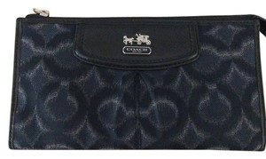 Coach COACH MADISON OPT ART IKAT ZIPPY WRISTLET