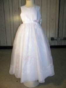 Eden White 12131 Flower Girl/ Communion Dress - Size 6 (Mr-10)