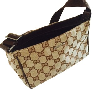 Gucci Wristlet in Light Brown
