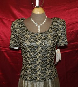 Adrianna Papell Gold Shell Silk Lining Polyester Top and Skirt Formal Dress Size 10 (M)