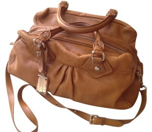 Marc by Marc Jacobs Shoulder Pebbled Classic Satchel in Camel