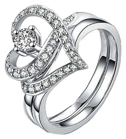 Preload https://item1.tradesy.com/images/silver-tone-costume-ring-4719910-0-0.jpg?width=440&height=440