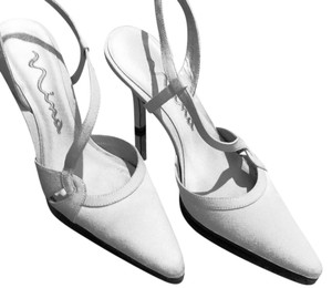 Nina Heals Evening Holiday Wedding Party Straps Sandal Sexy Ivory * Satin * Leather Soles Pumps