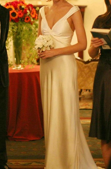 Amy Michelson Ivory Silk Ballet Destination Wedding Dress Size 4 (S)