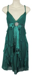 BCBGMAXAZRIA Bow 100% Silk Flowy Romantic Ruffles Dress