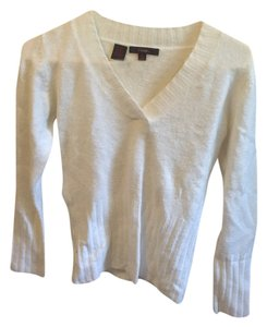 Twiga Classic V-neck Sweater