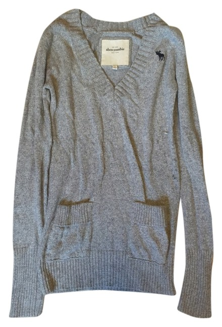 Preload https://item5.tradesy.com/images/abercrombie-kids-gray-long-v-neck-with-two-pocket-detail-sweaterpullover-size-2-xs-4722664-0-0.jpg?width=400&height=650