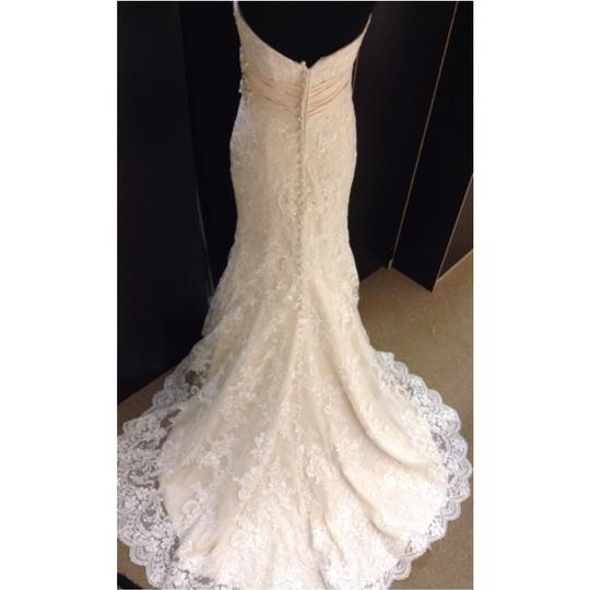 Allure Bridals Ivory/Light Gold Lace Formal Wedding Dress Size 6 (S)