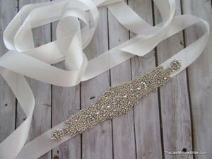 The Last Minute Bride Beaded Bridal Belt Style: Lbb-london-ow