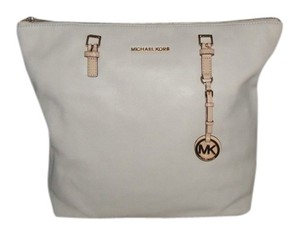 Michael Kors Tote in Vanilla ( Off White )
