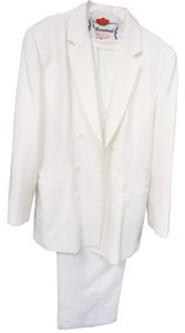 Morgan Miller White Double Breasted Pant Suit- Elasticized Waist Pant- fits a height of 5'5