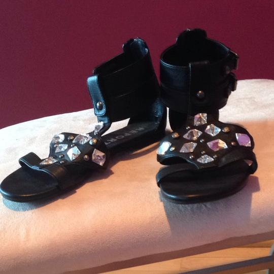REPORT Jewled Leather Black Sandals