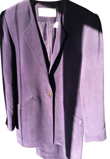 Preload https://item4.tradesy.com/images/dana-buchman-purple-silk-jacket-and-new-with-tags-skirt-suit-size-petite-4-s-4727173-0-0.jpg?width=400&height=650