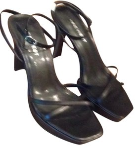 Nine West Black Leather Sandals