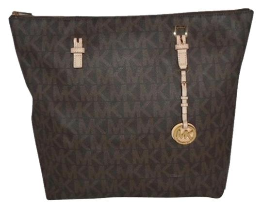 Preload https://img-static.tradesy.com/item/4729006/michael-kors-jet-set-item-large-mk-signature-ns-top-zip-brown-pvc-tote-0-5-540-540.jpg