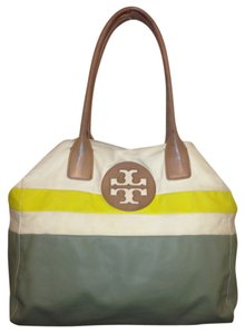 Tory Burch Tote in Grey/White/Yellow