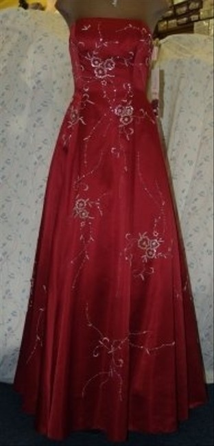 Precious Formals Red Other Burned Beaded Flower Pattern Formal Bridesmaid/Mob Dress Size 10 (M) Precious Formals Red Other Burned Beaded Flower Pattern Formal Bridesmaid/Mob Dress Size 10 (M) Image 1