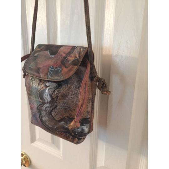 Unkkown Shoulder Bag