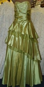 Forever Yours Green Forever Yours: Sage Green Taffeta Gown Size:12 #: Dress