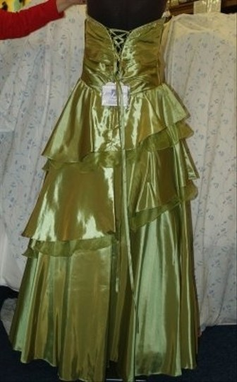 Forever Yours Green Taffeta Sage Gown #: Formal Bridesmaid/Mob Dress Size 12 (L)