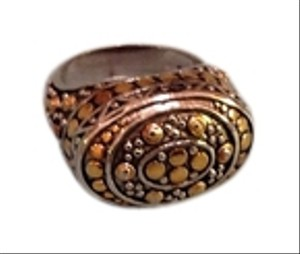 Beautifully crafted Sterling ring.