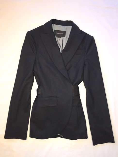 BCBGMAXAZRIA Gorgeous black BCBG Suit